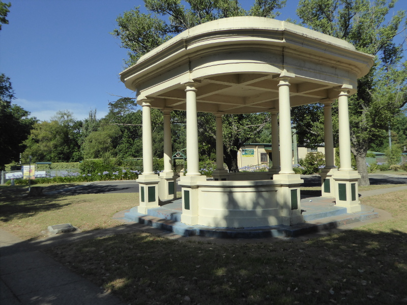 Woodend bandstand dedicated to Jack Keating