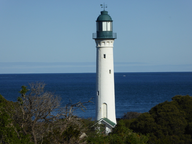 Queensc;liff White Lighthouse
